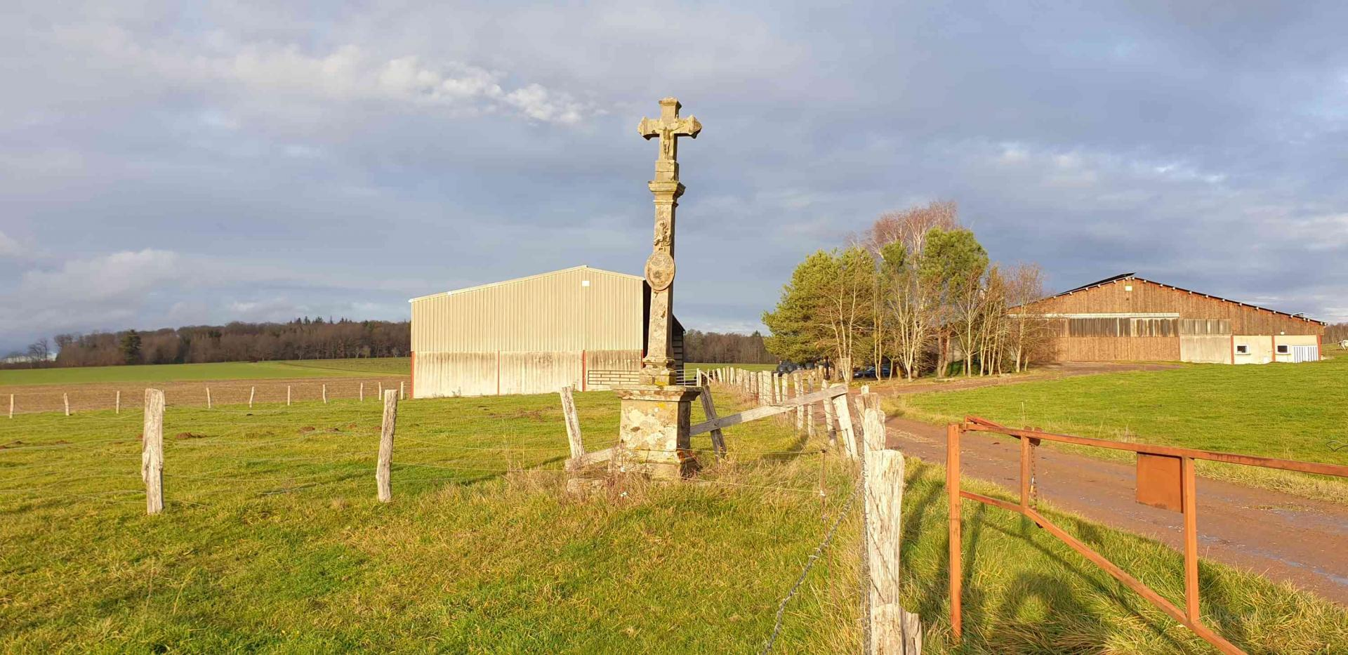 Croix haut de bellemont