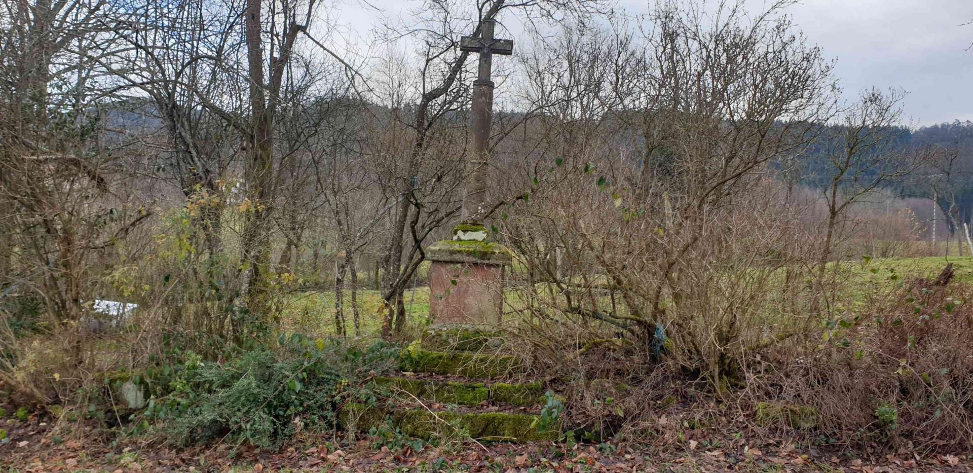 Croix le haut de la pile
